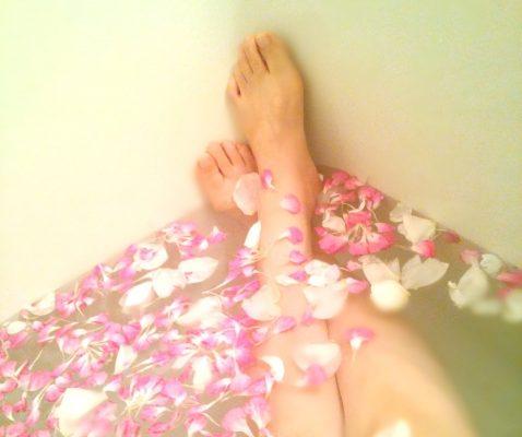 【すぐできる】変形性股関節症のためのアロマ浴「アロマ半身浴」