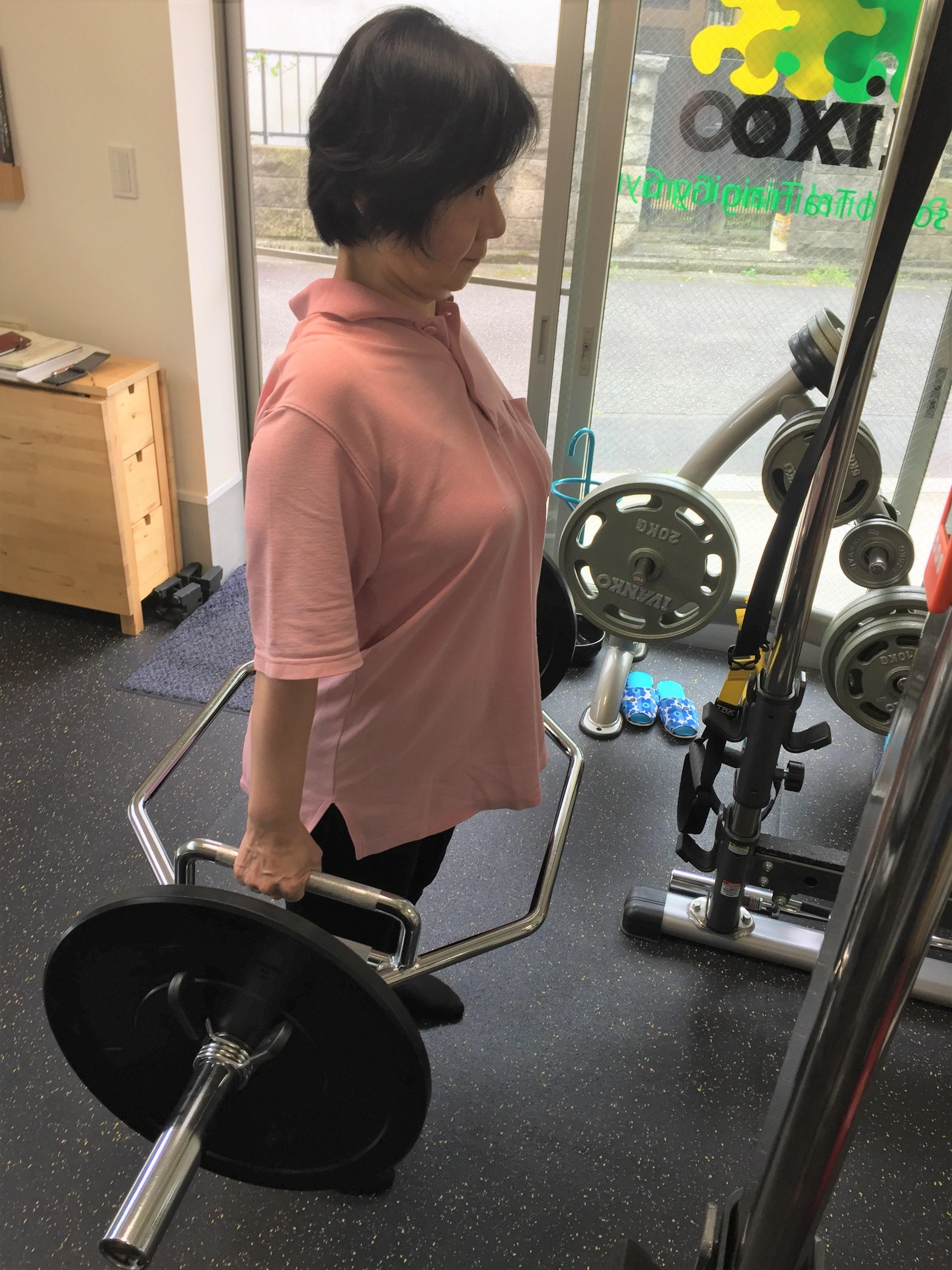 リハビリで健康な人と同じ筋肉量を取り戻した私が伝えたい「変形性股関節症のリハビリに関する話」