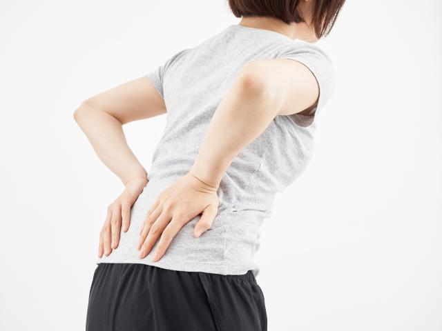 【変形性股関節症】腰痛、ひざ痛。手術後に股関節以外の痛みを感じたならパーソナルトレーナーを検討してみて!