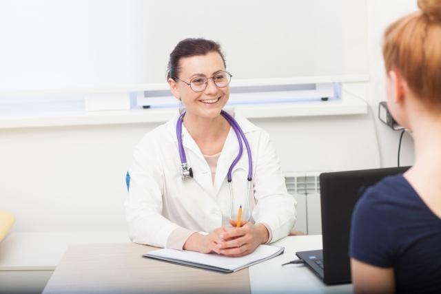 変形性股関節症、手術か保存療法か。この重要な決断をする前に読むべき7記事